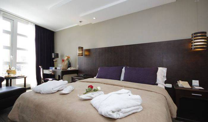 Howard Johnson Plaza Florida - Search for free rooms and guaranteed low rates in Retiro 29 photos