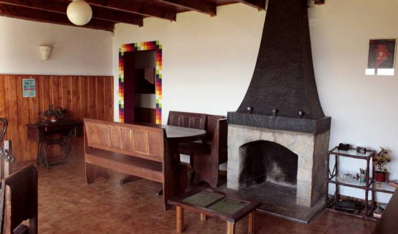 Solentiname Hostel Cultural - Search for free rooms and guaranteed low rates in San Carlos de Bariloche 15 photos