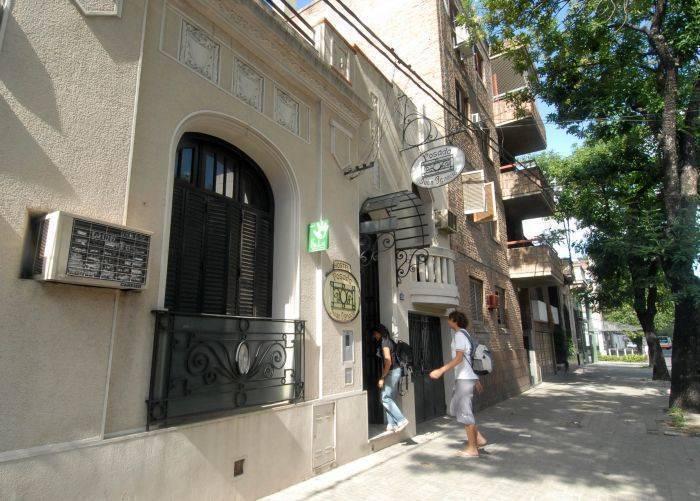 Hostel Posada Juan Ignacio, Rosario, Argentina, easy travel in Rosario