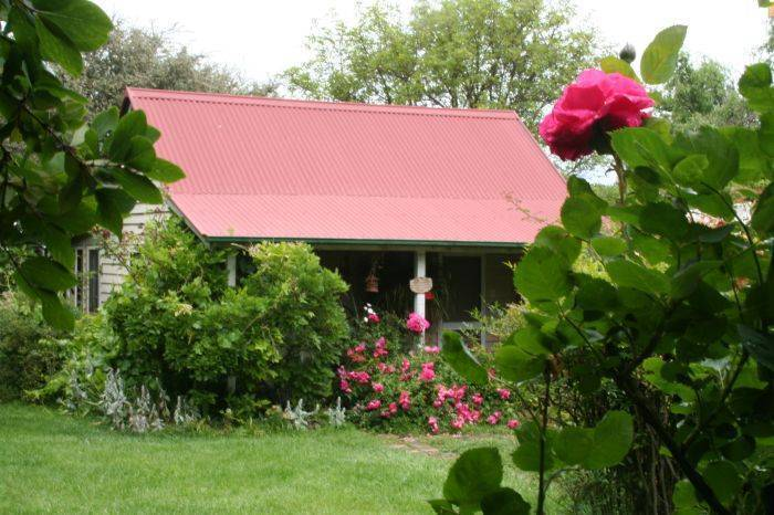 Poppy's Cottage Bed and Breakfast, Armidale, Australia, Australia hotels and hostels