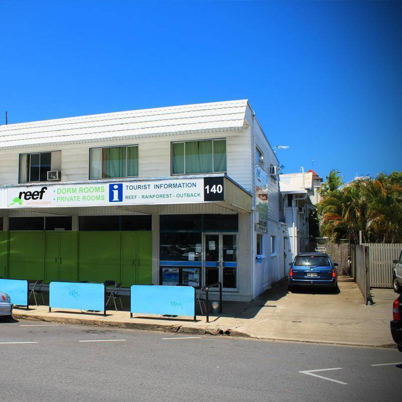 Reef Backpackers, Cairns, Australia, best hotels for visiting and vacationing in Cairns