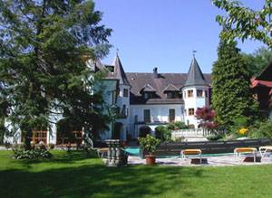 Gasthof-hotel Doktorwirt, Salzburg, Austria, find the lowest price for hotels, hostels, or bed and breakfasts in Salzburg