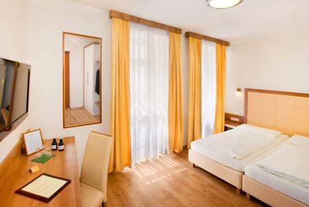 Goldenes Theater Hotel, Salzburg, Austria, hotels worldwide - online hotel bookings, ratings and reviews in Salzburg