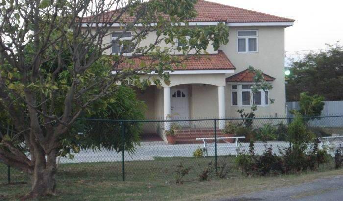 Saffron Lodge 6 photos
