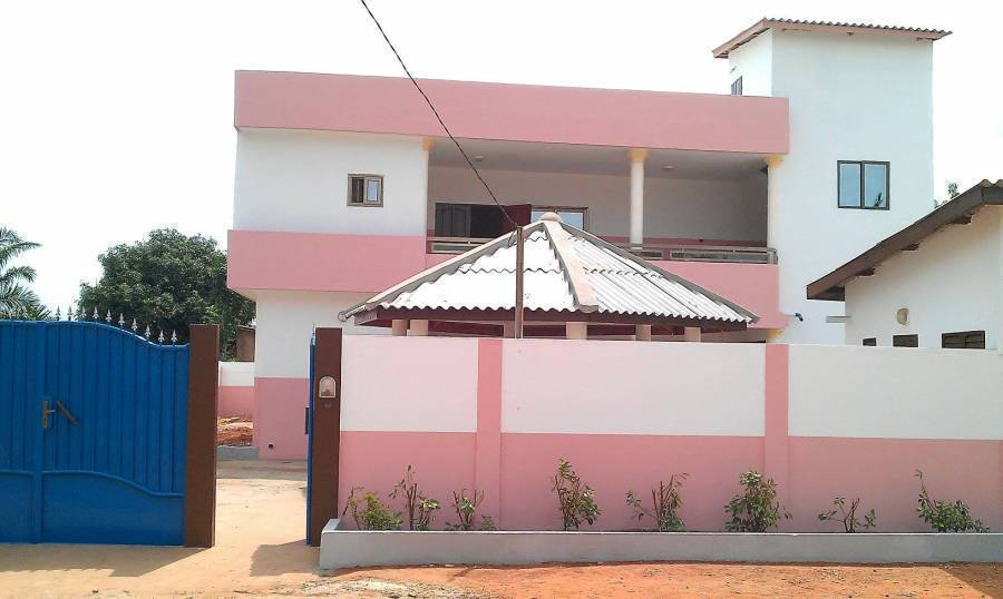 Residence Crespin, Abomey, Benin, Benin hotels and hostels