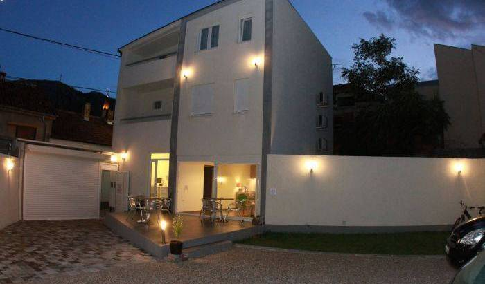 B and B Mooostar, hotels near ancient ruins and historic places in Mostar, Bosnia and Herzegovina 35 photos