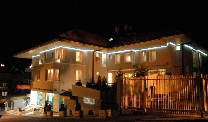Hotel Hecco - Search for free rooms and guaranteed low rates in Sarajevo 6 photos