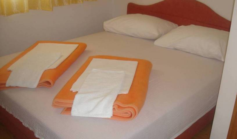 Pansion Vidovic - Search for free rooms and guaranteed low rates in Medjugorje 2 photos