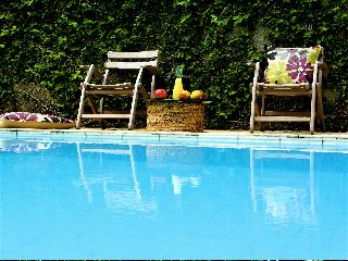 Casa Amarelo, Rio de Janeiro, Brazil, affordable motels, motor inns, guesthouses, and lodging in Rio de Janeiro
