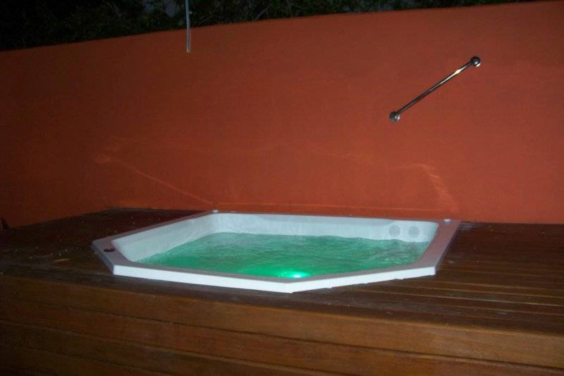 Casa Dois Gatos Bed and Breakfast, Cabo Frio, Brazil, hotels with hot tubs in Cabo Frio