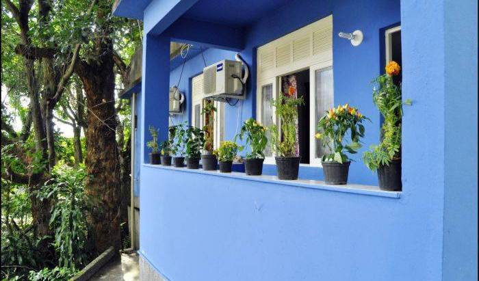 Quintal de Santa Bed N Breakfast - Search for free rooms and guaranteed low rates in Rio de Janeiro 14 photos