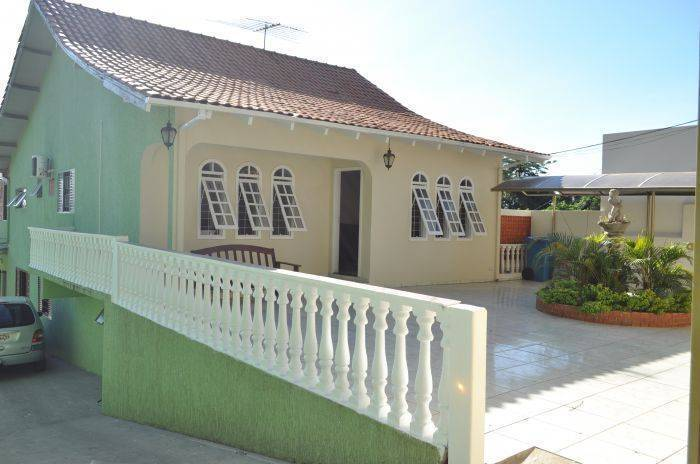 Iguassu Guest House, Foz do Iguacu, Brazil, Brazil hotels and hostels