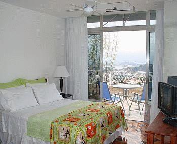 Um Meia Tres, Rio de Janeiro, Brazil, Brazil hotels and hostels