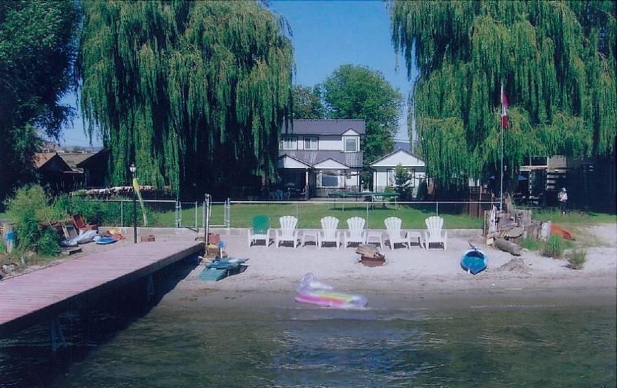 Lakeshore Paradise B and B, Vernon, British Columbia, British Columbia hotels and hostels