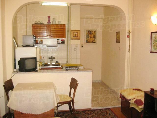 Solunska 43, Sofia, Bulgaria, Bulgaria hotels and hostels