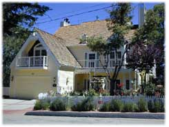 Rose Gables Bed And Breakfast, Lake Arrowhead, California, California hotels and hostels