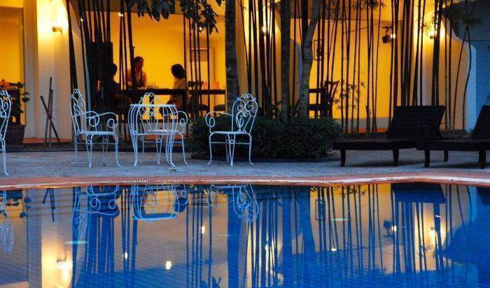 Diamond Town Hotel - Search for free rooms and guaranteed low rates in Siem Reap 31 photos