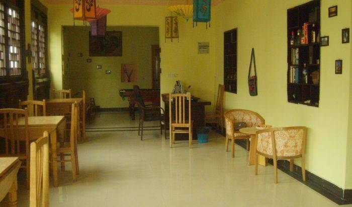 Twin Bridge Hostel - Get cheap hostel rates and check availability in Zhouzhuang 16 photos