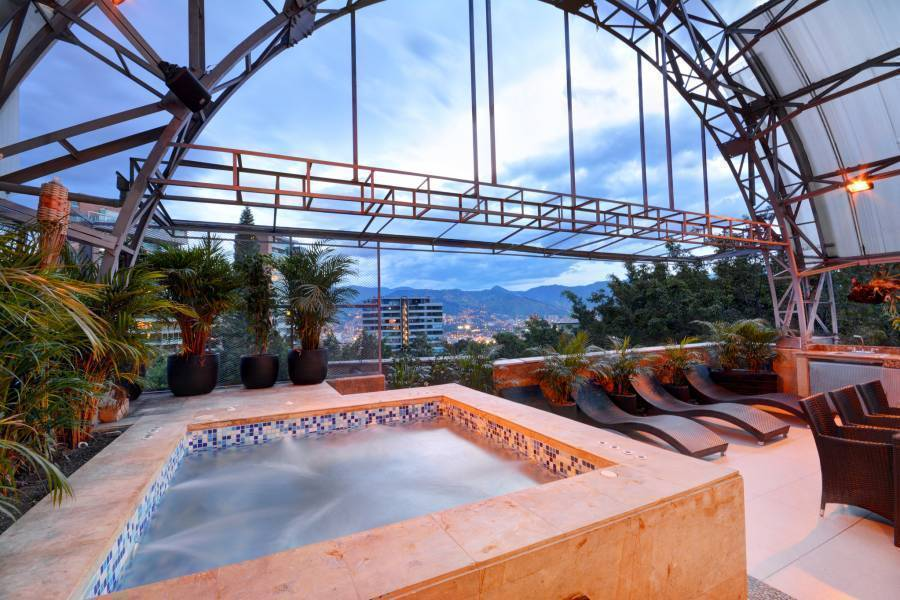 Armored Penthouse Poblado Sky, Medellin, Colombia, best beach hotels and hostels in Medellin