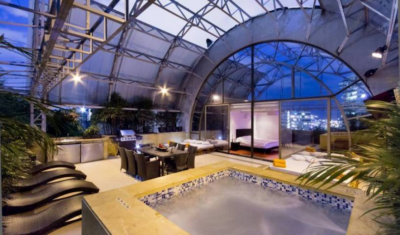 Armored Penthouse Poblado Sky, Antioquia, Colombia hotels and hostels 57 photos