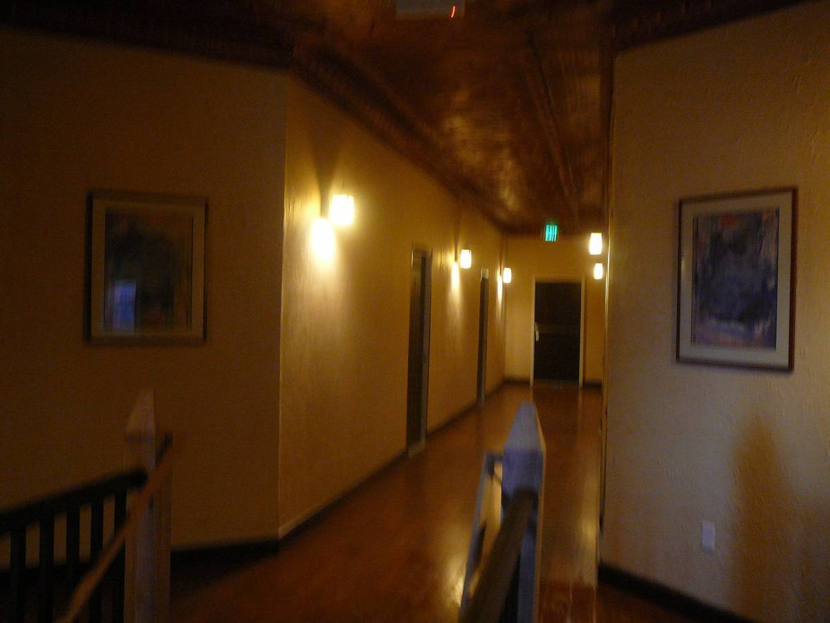 Holly Inn Suites, Holly, Colorado, travel locations with hotels and hostels in Holly