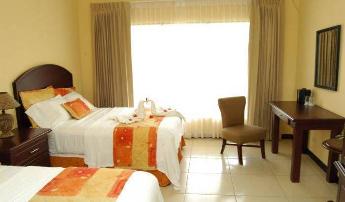 Hotel Cana Brava Inn - Search for free rooms and guaranteed low rates in Canas 8 photos