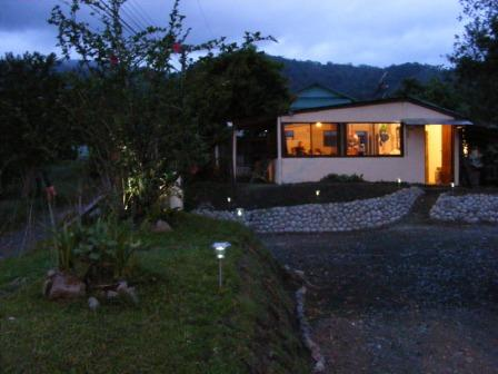 Essence Arenal Boutique Hostel, Fortuna, Costa Rica, hotels for vacationing in winter in Fortuna