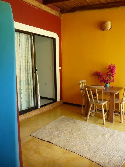 Meli Melo Hotel, Santa Teresa, Costa Rica, backpackers gear and staying in hostels or budget hotels in Santa Teresa
