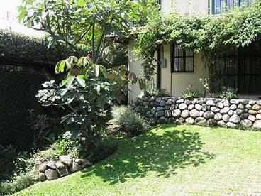 Tierra Magica B and B and Art Studio, Escazu, Costa Rica, popular lodging destinations and hotels in Escazu