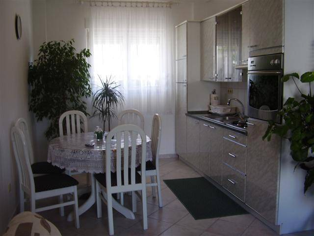 Apartment Dragica, Trogir, Croatia, Croatia hotels and hostels