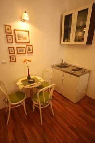 Apartment Marin, Split, Croatia, hostels with excellent reputations for cleanliness in Split