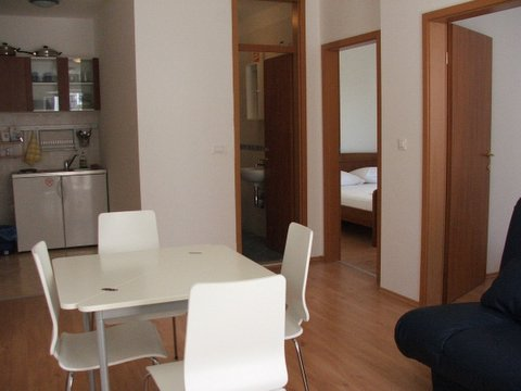Apartments Lapad, Dubrovnik, Croatia, what is a hostel? Ask us and book now in Dubrovnik