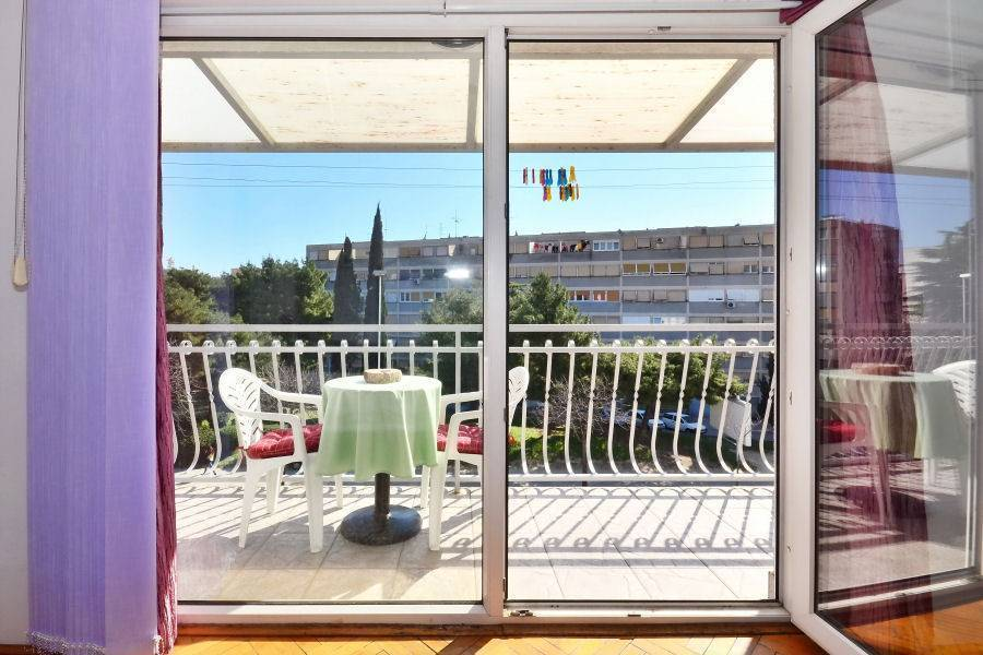 Apartment Slavica, Split, Croatia, what is a backpackers hostel? Ask us and book now in Split