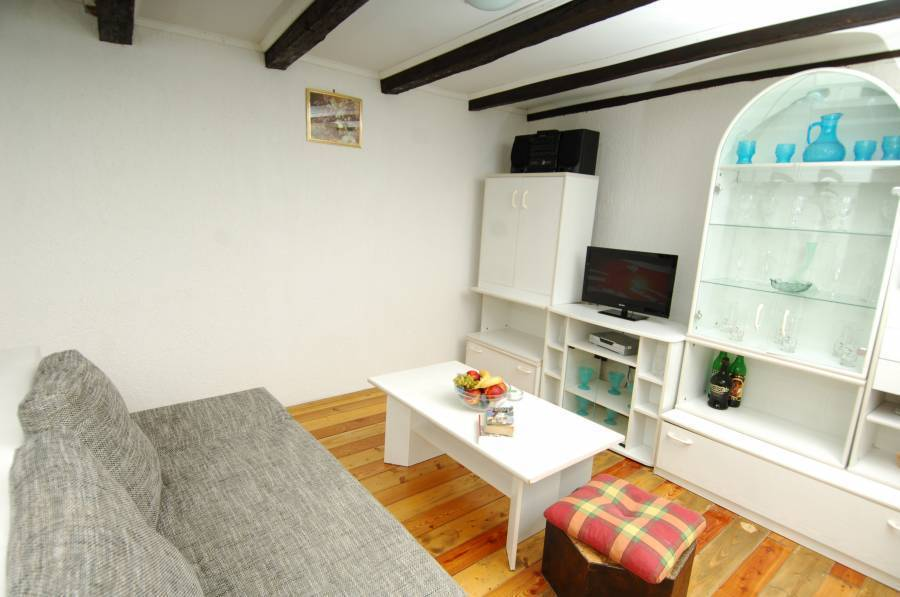 Apartments Santa Maria, Dubrovnik, Croatia, best hostels in cities for learning a language in Dubrovnik
