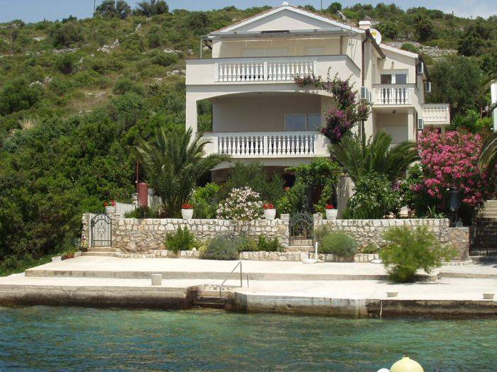 Apartments Villa Branka, Rogoznica, Croatia, Croatia hotels and hostels