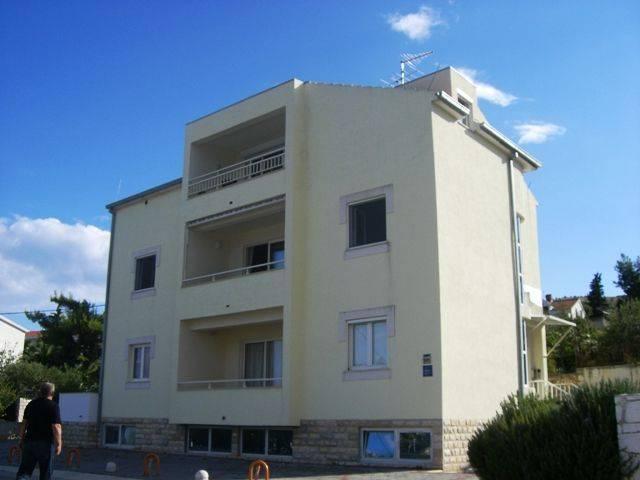 Asja Apartments, Trogir, Croatia, Croatia hotels and hostels