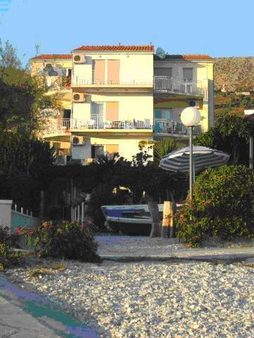 Car Apartments, Podstrana, Croatia, Croatia hotels and hostels
