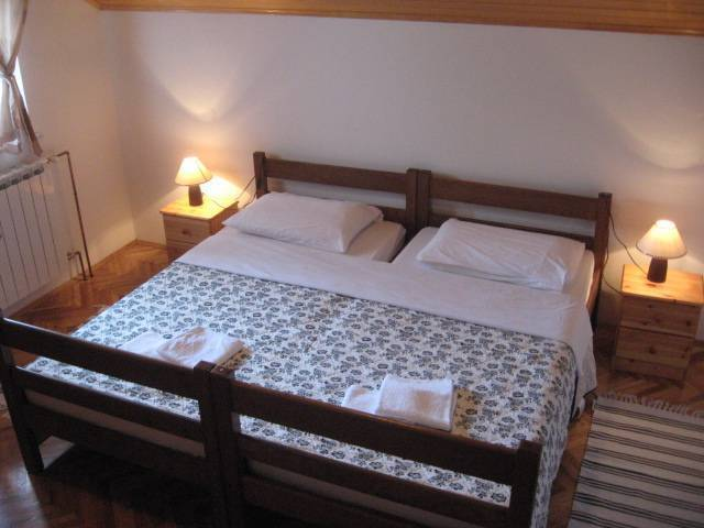 Corak House, Grabovac (Plitvice), Croatia, family friendly vacations in Grabovac (Plitvice)