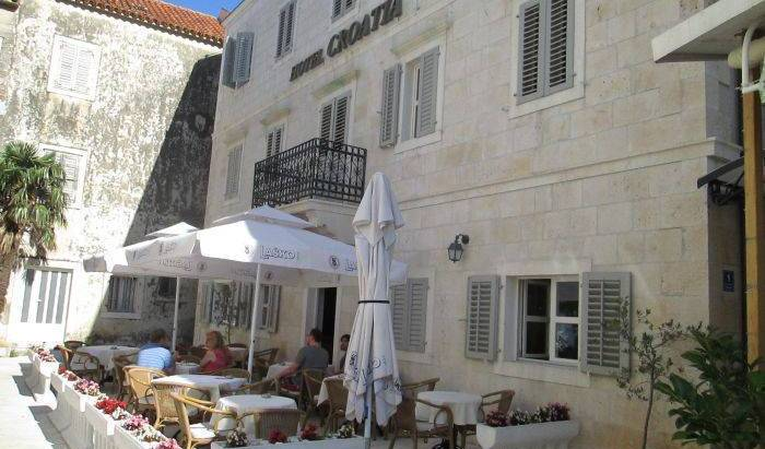 Hotel Croatia - Search for free rooms and guaranteed low rates in Baska Voda, holiday reservations 18 photos