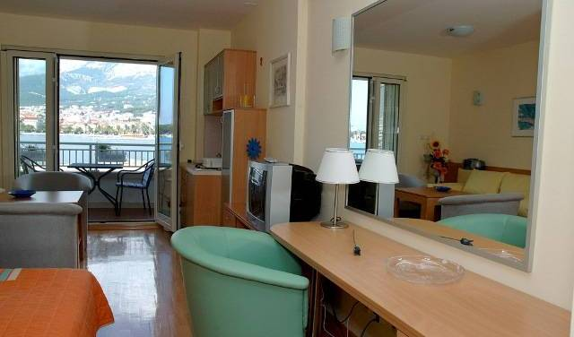 Studios Lulic - Search for free rooms and guaranteed low rates in Makarska 16 photos