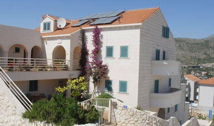 Villa Antea, how to choose a vacation spot in Ora?ac, Croatia 21 photos