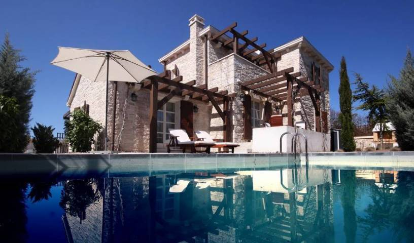 Villa Sleeping Beauty - Search for free rooms and guaranteed low rates in Medulin 16 photos