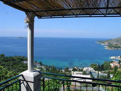 Holiday House Bender, Mlini, Croatia, get travel tips, and the best hotel choices in Mlini