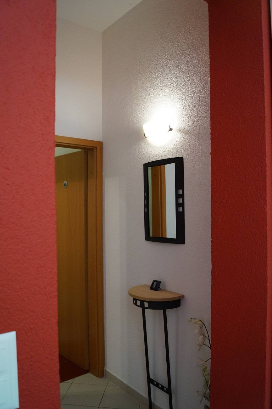 Holiday House Ginkgo, Banjole, Croatia, your best choice for comparing prices and booking a hotel in Banjole