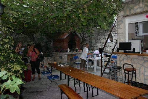 Hostel Nikolla, Split, Croatia, hotels with culinary classes in Split