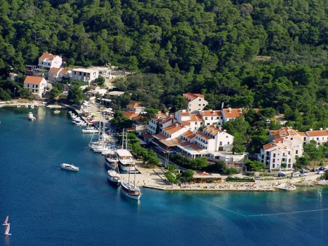 Hotel Odisej, Pomena, Croatia, Croatia hotels and hostels