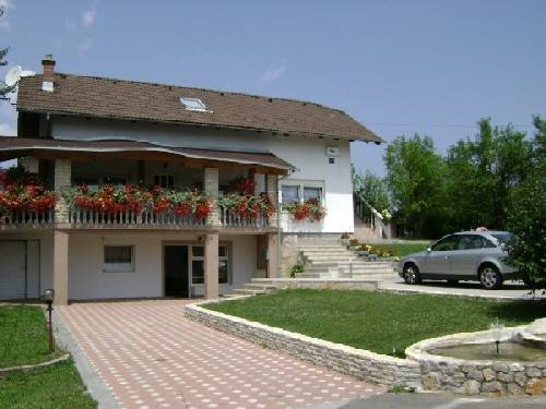 House Sara, Rakovica, Croatia, Croatia hotels and hostels