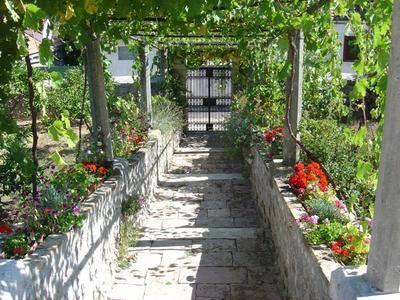 Traditional Old Captain's House, Popova Luka, Croatia, economy hotels in Popova Luka