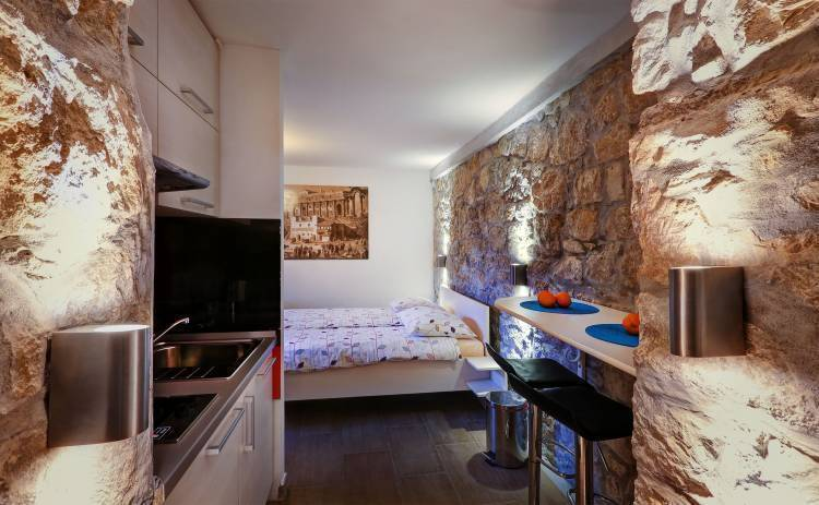 Veli Varos Apartments and Rooms, Split, Croatia, Croatia hotels and hostels
