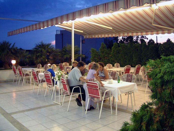 Villa Javor, Podstrana, Croatia, Croatia hotels and hostels
